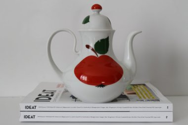 Vintage Porcelain Teapot - Bavaria West Germany - 60s