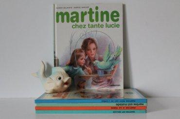 Livre vintage MARTINE