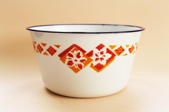 Rare Vintage Chinese Enamel Wash Bowl-Bumper Harvest