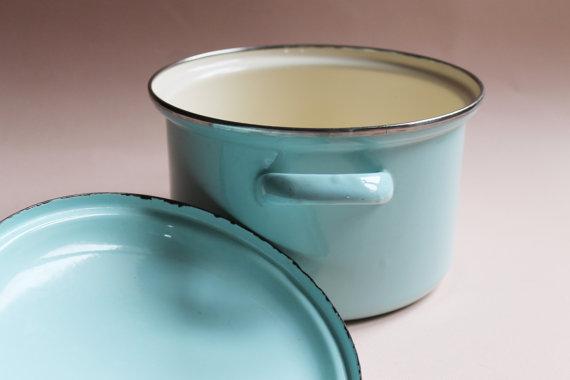 Vintage Enamel Cooking Pot With Lid